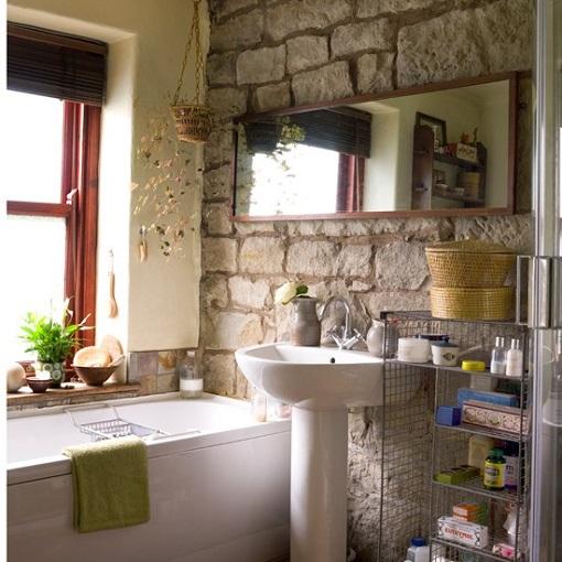 Baños Rusticos En Piedra:Apostar en la decoración por objetos tradicionales como pueden ser