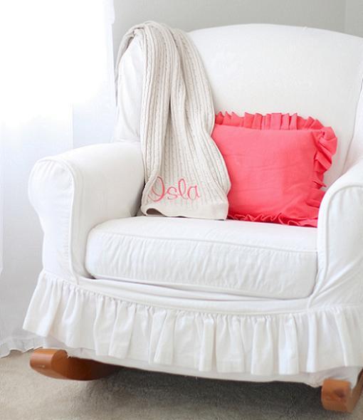 Decoraci n habitaci n beb en color blanco unacasabonita - Butacas para habitacion ...