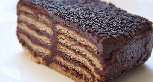 Tarta de chocolate y galletas