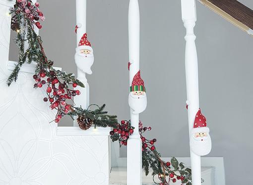 adornar la casa de navidad escaleras