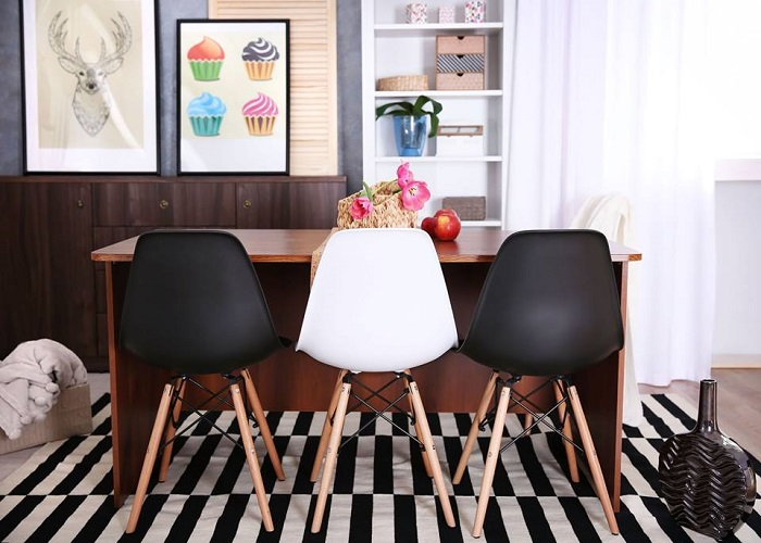 5 sillas para cocinas baratas y con mucho estilo for Sillas para salon baratas