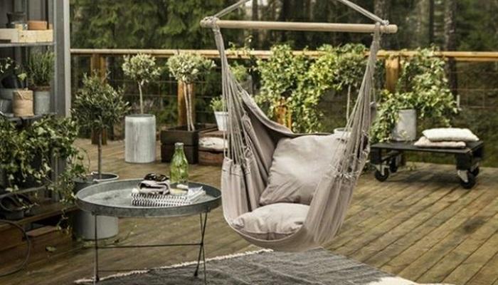 Este verano rel jate en las sillas colgantes en tu terraza for Sillas colgantes para jardin